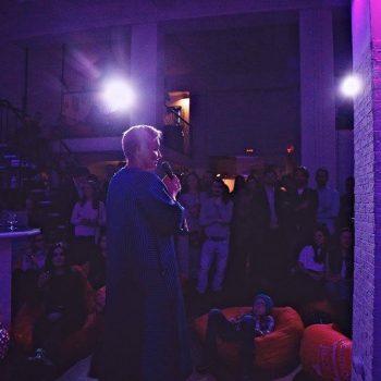 Киноночь в лофте в центре Москвы: устрой вечеринку-кинопоказ